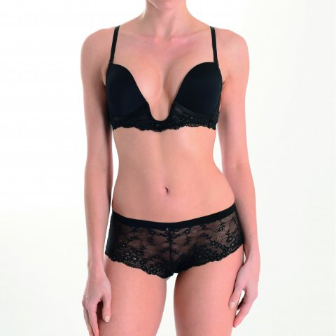 201 sexy bra chic black plunging lace neckline and lace boyshorts gilsa paris worn face
