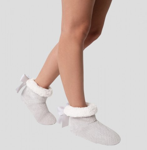 romy slipper gray and white ankle boots gilsa