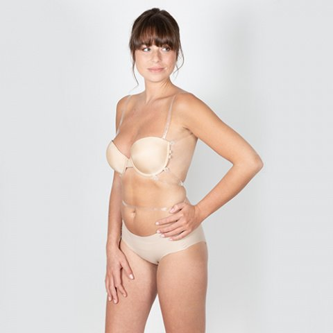 204 divine bra chair gilsa paris invisible multi-position bra worn slightly rotated + 423 colette flesh seamless panties gilsa paris worn face-to-face hands hips